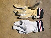 Easton wicket keeping inner gloves