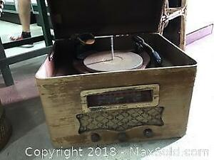 Antique Marconi Radio With Zenith Turntable