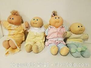 Preemies Cabbage Patch with all original clothing and the collectible Beanie Butt!