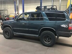 1998 Toyota 4Runner SR5 Runs Great!!