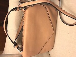 NEW purses, colours beige , black and white
