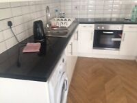 3 Bedroon flat near Limehouse and Shadwell E1w 3HD - available 01/10/2018