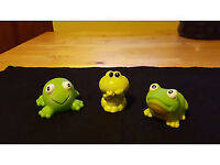 Attention pet owners! Lovely trio of frog ornaments, only £1.50