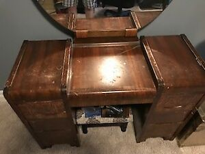 1940s Woman's Vanity-Leaving for Florida this week -Must go