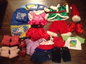 Build a Bear clothing and accessories London Ontario image 1