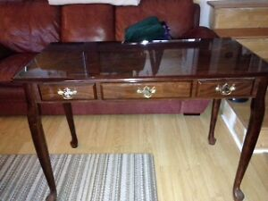 Mahogany pieces - Desk, Table TV Stand