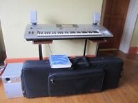 Tyros 1 keyboard speakers and case £800