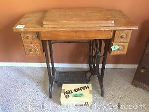 Singer Treadle Sewing Machine C