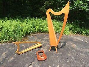 Harpes: Celtique, Gothique, et lyre