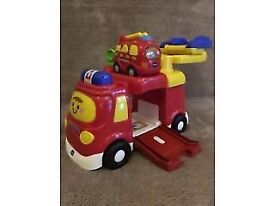 VTECH TOOT TOOT DRIVER: BIG FIRE ENGINE 'n SMALL FIRE ENGINE VEHICLE TOY boxed