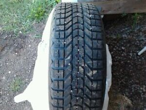 215/60R16 Winter tires/rims/press sensors