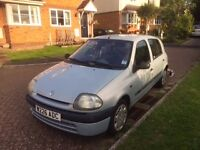 Renault Clio FOR SALE, in Excellent condition. £750 ONO. Full Service History