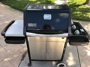 Weber 3 burner BBQ natural gas line connection with bbq cover