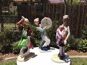 Cheerful Clown Statues ( Art deco) Varsity Lakes Gold Coast South Preview