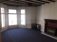nice duplex 2 bed top fl apt close to marina, southport, gch, dg, sea views, fit kit with app
