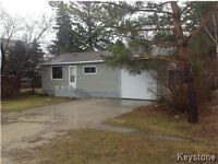 PERFECT STARTER in GARSON!! Attached AND Detached GARAGE!!