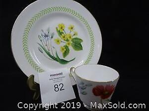 Spode Fine Bone English China for 8 -- Country Lane