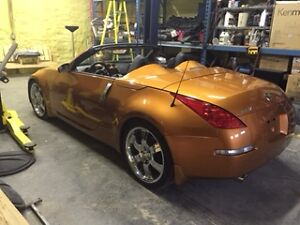 2006 Nissan 350Z Touring Convertible (Must Sell)