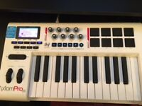 M-Audio Axion Pro 25 Keyboard