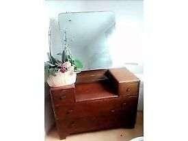 Lovely vintage/retro/classic art deco dressing table