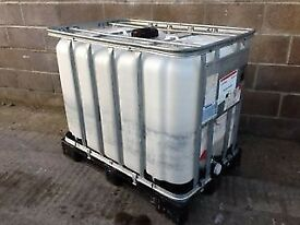 600 Litre IBC Bulk Liquid Storage Containers Tank, Good Condition