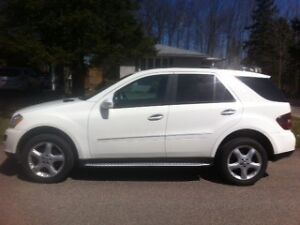 2008 Mercedes-Benz M-Class 4Matic SUV, Crossover