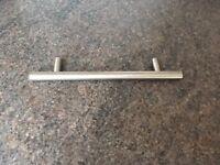 Satin Nickel effect cupboard door/drawer handles (24)