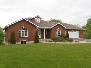GORGEOUS WATERFRONT HOME! 3222 Sydenham Road