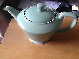 "NICE TEAPOT BY WOODS IN THE GREEN ""BERYL"" STYLE ."