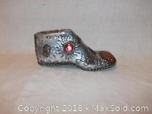 Antique arts and craft 1897 hand-made baby shoe
