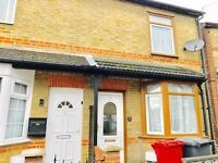 2 Bed House to rent in Slough