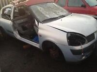 2001 RENAULT CLIO 1100 - BREAKING FOR SPARES