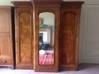 Beautiful Victorian 3 door wardrobe, walnut, antique/vintage