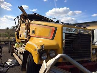 MACK TRIDENT ,TRUCK, PRIME MOVER, 470 CCRS,