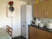 DOUBLE ROOM FOR SINGLE PERSON AT STRATFORD E15, ZONE 2.