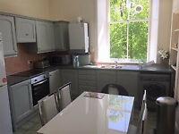 5 bedroom flat in Polwarth Gardens, Edinburgh, EH11(Ref: 5175)
