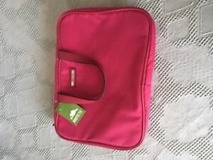 """new """"ROOTS"""" PINK COSMETIC / TRAVEL BAG"""