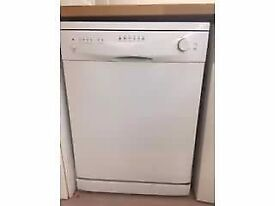 Currys Essential diswasher
