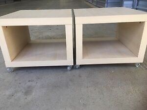 Bedside Tables/Side Tables(2)-modern, on casters, creamy, in vgc.