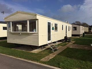 Popular Berth Caravan For Hire  Seaside Location At West Wittering