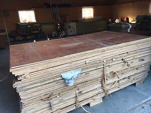 Feuille de plywood