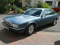 Daimler/ Jaguar XJ6 3.6 Auto 4 door lwb saloon. El sun roof. 100,750 mls. Suitable for restoration.