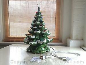 Vintage ceramic Christmas tree with music box. C