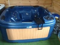 **LUXURY SOLID HOTTUB FOR RENT**