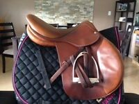 17in devecoux biarritz close contact jumping saddle