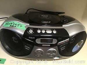 RCA Portable Radio and CD Player