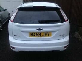 Ford Focus Zetec 1.6L White with Privacy Glass Alloy Wheels Service history 59 plate