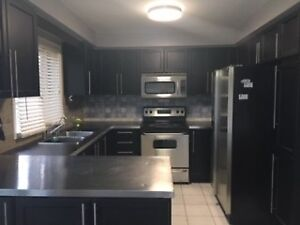 AVAILABLE IMMEDIATELY - BAYVIEW AND MULOCK, NEWMARKET