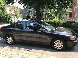 2002 Volvo S60 4 dr.