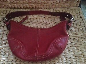 Coach Red Leather Shoulder bag/bag/purse/hobo  AUTHENTIC